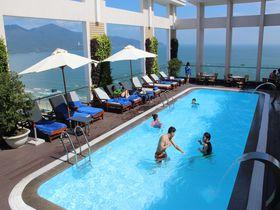 ミーケビーチすぐの「ダイヤモンドシーホテル」はダナン滞在に至極便利