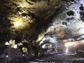 韓国・済州島「万丈窟」は世界最長の溶岩洞窟