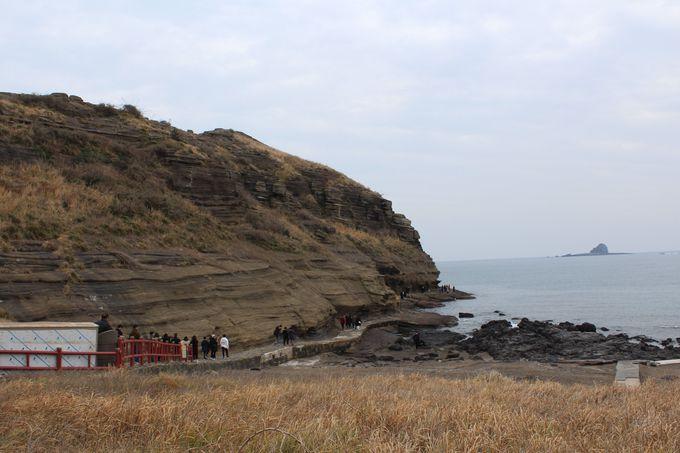 歩ける奇形の海岸線「ヨンモリ海岸」