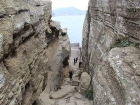 済州島「ヨンモリ海岸」は龍伝説が残る奇岩怪石のジオパーク!