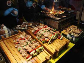 熱気が凄い!済州島の名物が並ぶ「東門市場」でB級屋台グルメを