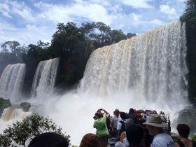 ド迫力!世界三大瀑布「イグアスの滝」アルゼンチン側の見どころ