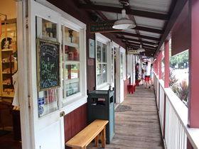 カウアイ島オールドタウン・コロアと自然豊かな周辺の見所
