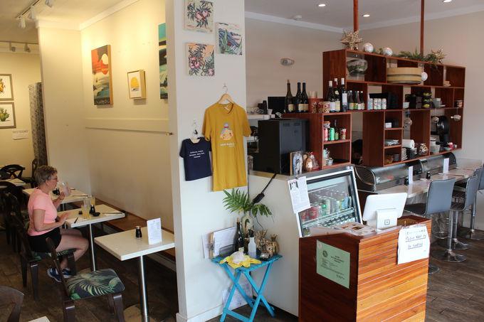 リノベーションされた木造長屋「Japanese Grandma's cafe」