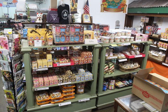 1.クッキー工場&直営店「Kauai Kookie LLC」