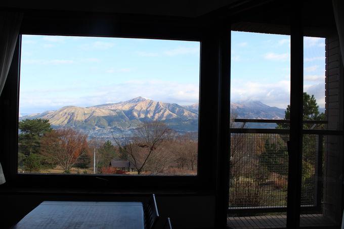 すべての部屋が「マウンテンビュー」の絶景眺望の作り!