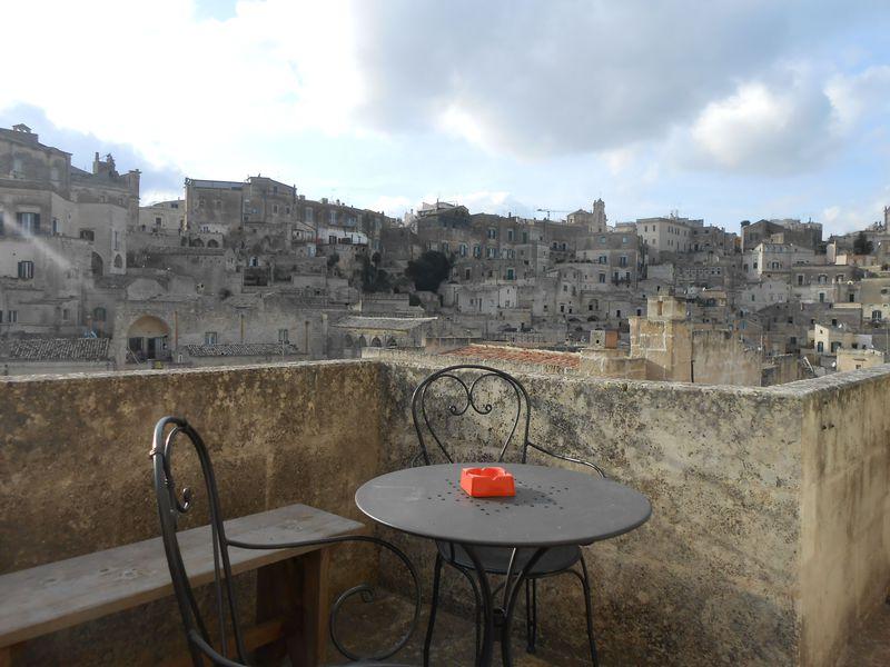南伊の世界遺産マテーラに泊まる!「Il Sasso e la Seta」でパノラマをひとり占め