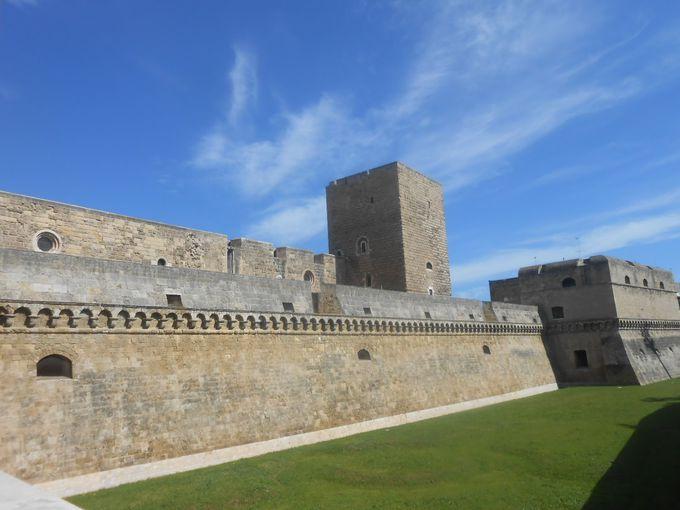 城のはじまりは海沿いの要塞