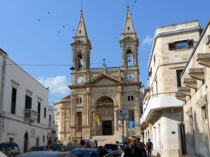 南イタリアで人気の世界遺産「アルベロベッロ」