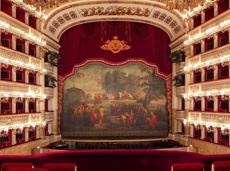 サン・カルロ劇場2019年のオペラ演目