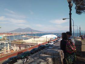 芸術と歴史とグルメ!はじめてのナポリ王道観光1日モデルコース