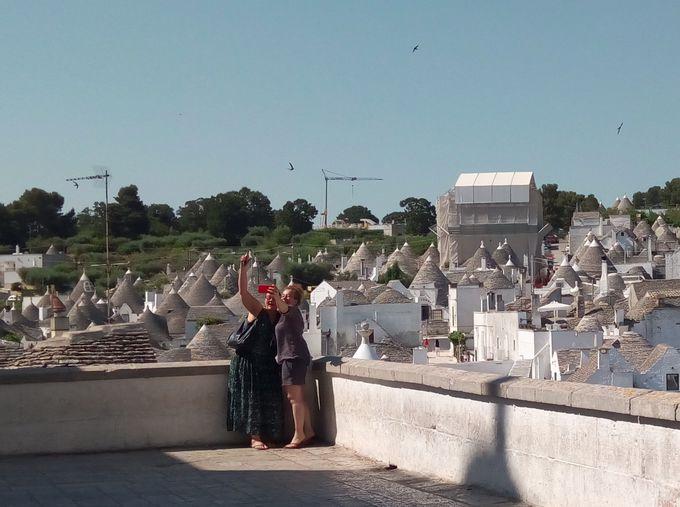 11:30〜13:00 とんがり屋根が並ぶ展望台へ