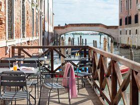 運河を見ながら朝食を!自由度の高い宿「コンボ・ヴェネチア」