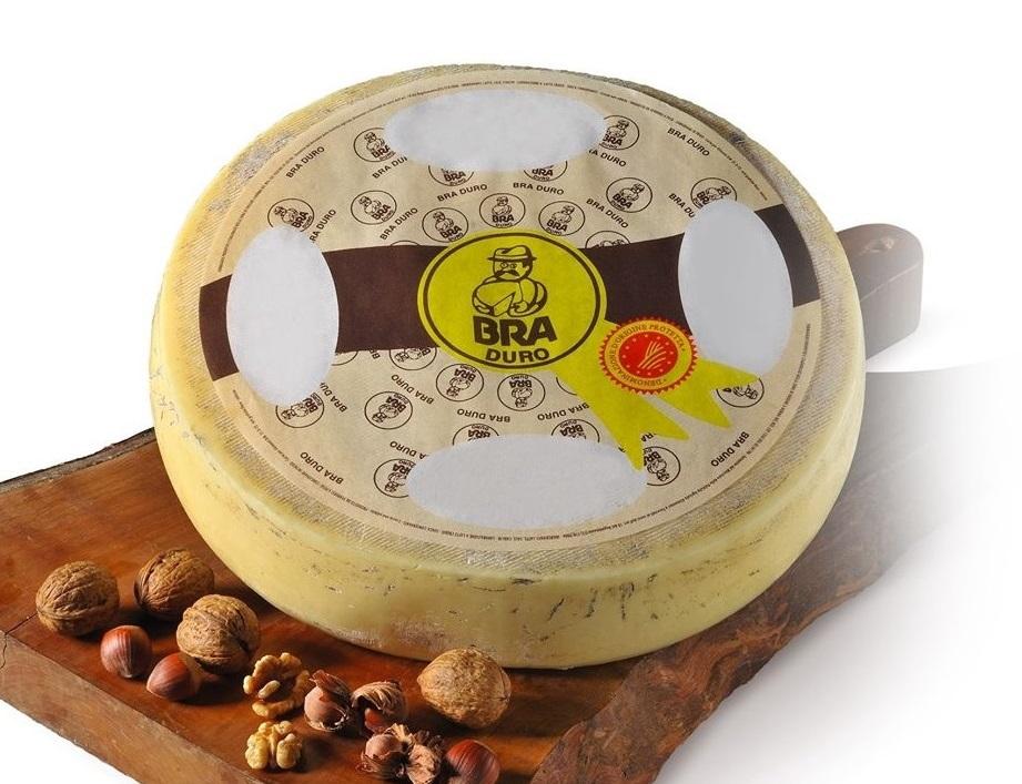 商人が発達させた交易チーズ