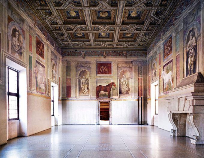 ジュリオ・ロマーノの最高傑作「テ宮殿」