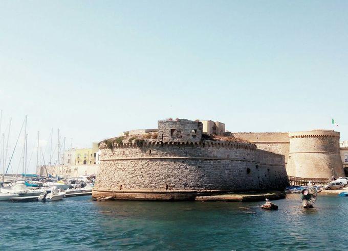 海洋都市を守る鉄壁の城