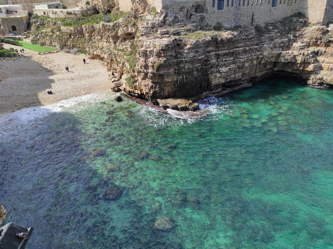 美しい海が自慢の南イタリアの楽園