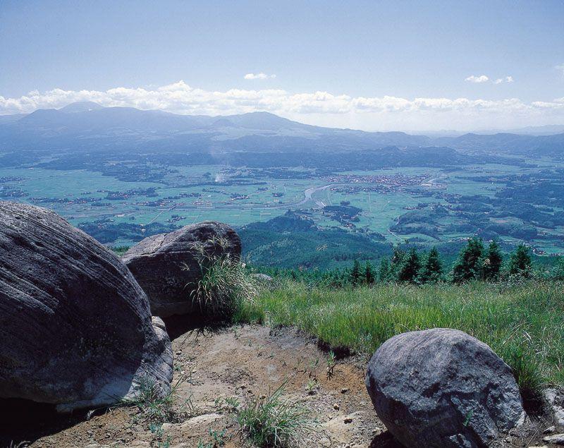 霧島連山の恵みは温泉と手つかずの大自然