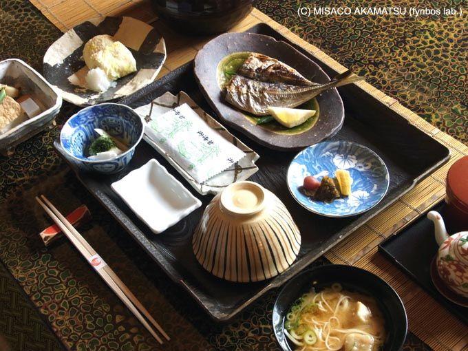 地元の食材を取り入れた、季節を感じる個性的な会席料理