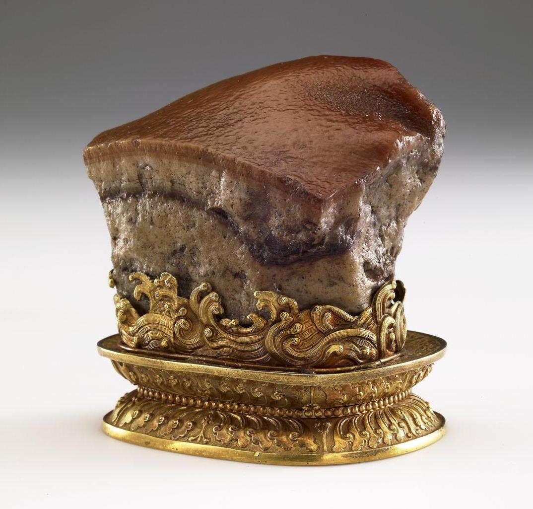 必見! 人気の「肉形石」を360度で見る贅沢