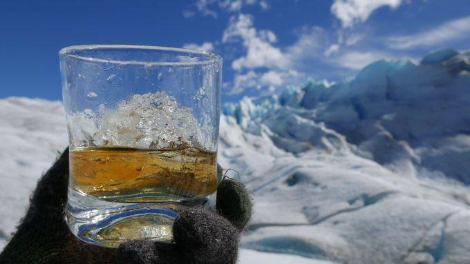 氷河の上を歩く感覚ってどんな感じ?