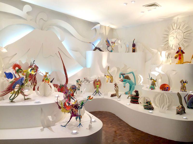絵本の生き物が現れた!メキシコ「アルテ・ポピュラール博物館」