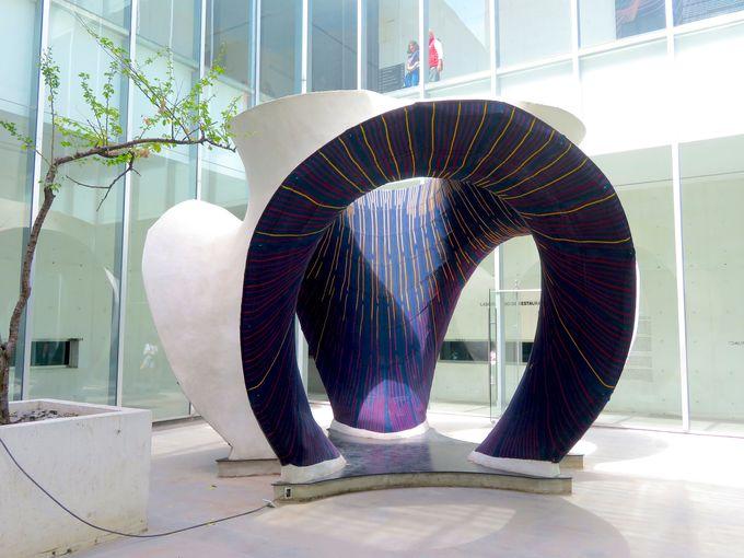 アートの形を考える美術館「ムアック」