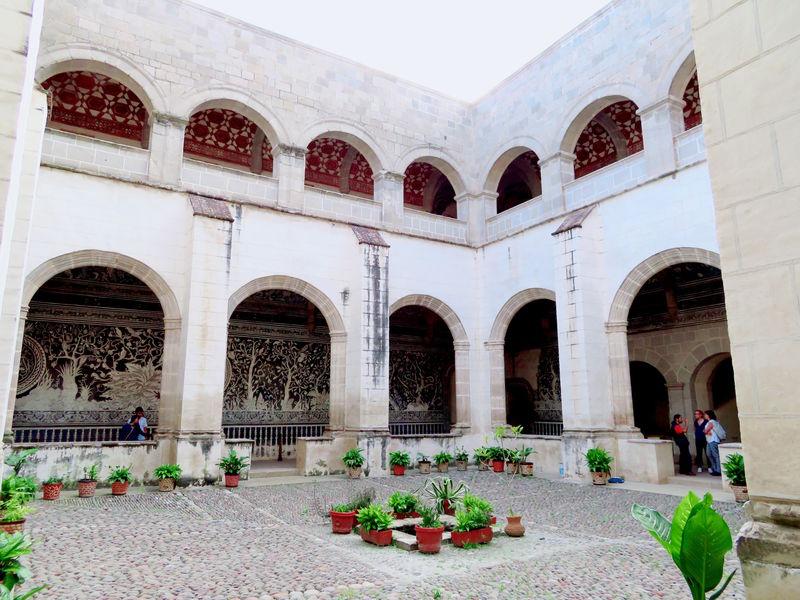 遺跡もコロニアルも一緒に楽しめる可愛い村!メキシコ「マリナルコ」