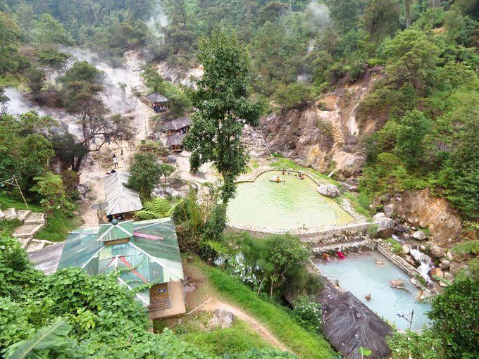 地元の人に愛される100%天然温泉