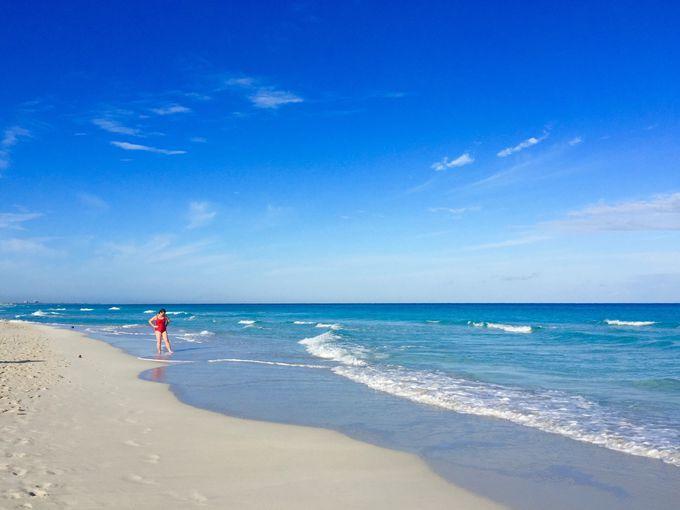 美しいカリブ海ビーチのリゾート「バラデロ」