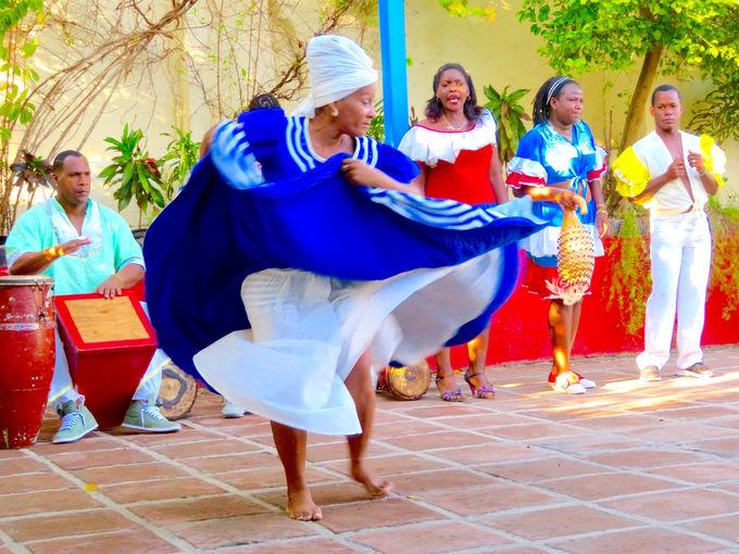 カリビアンアフロの踊りと音楽を堪能