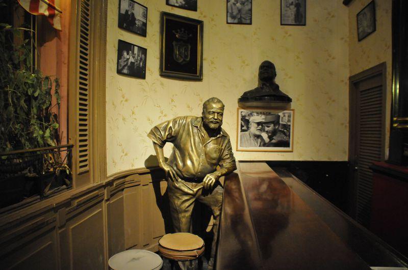 キューバでノーベル賞作家ヘミングウェイゆかりの地を訪ねる!