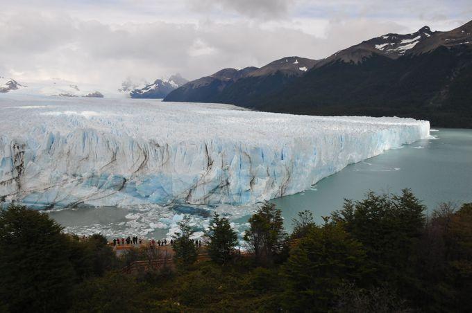 ペリト・モレノ氷河全景