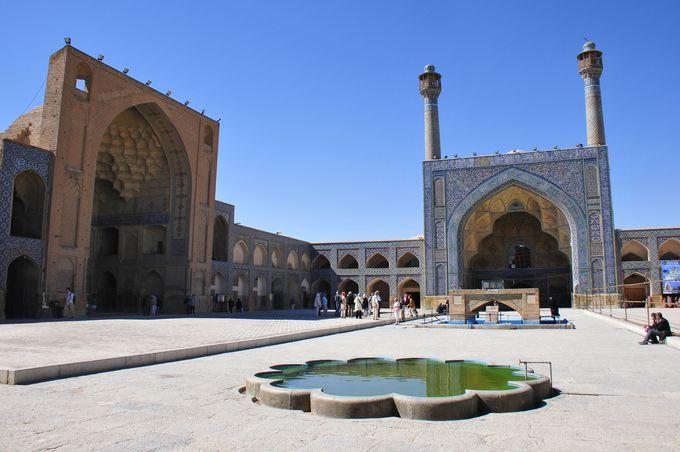 イスファハン最古、金曜日のモスク