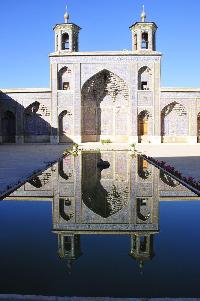 ナシル・アル・モルク・モスク