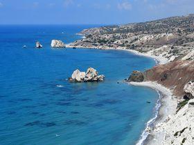 アフロディーテが生まれた島キプロス、その海と世界遺産パフォスを訪ねる