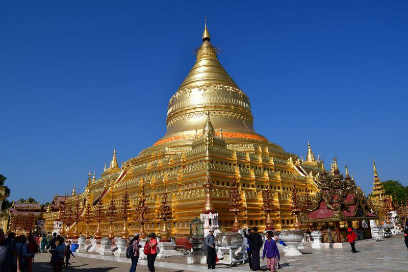 バガンのおすすめ観光スポット10選 黄金の仏像や未完成の寺院も!
