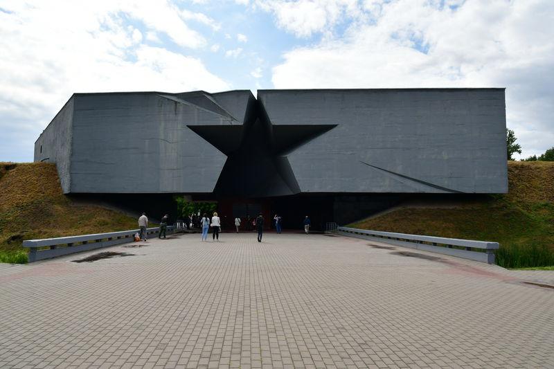 ベラルーシ「ブレスト要塞」英雄都市と呼ばれるその訳とは?
