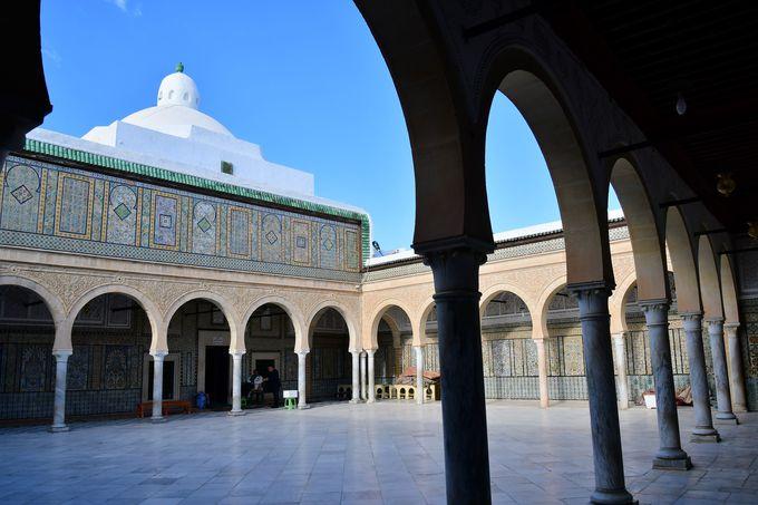 マグレブで最も美しいシディ・サハブ霊廟