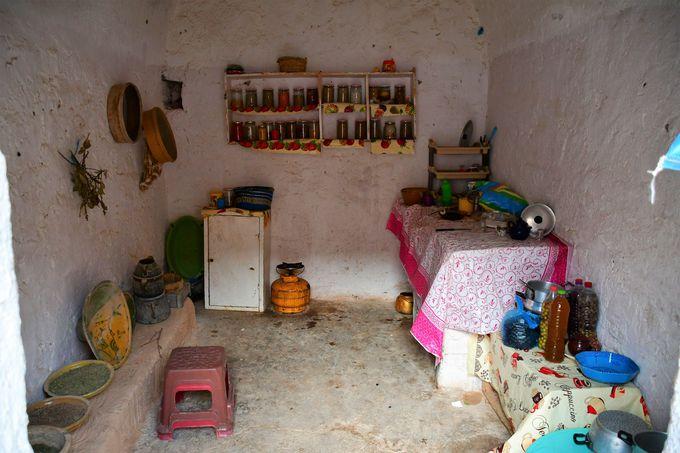 洞窟住居の部屋と暮らし