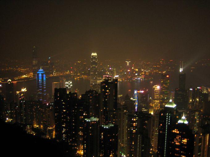 ギネスにも登録! 世界最大のショーが見られる摩天楼の夜景