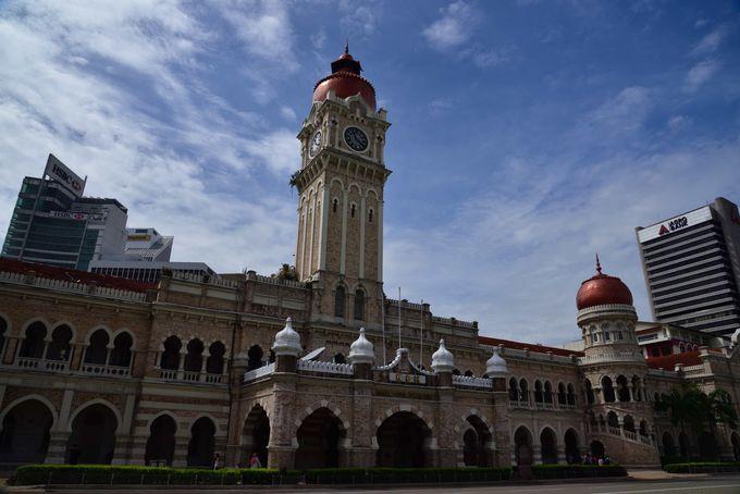 AM11:00 マレーシア独立の重要な舞台 ムルデカスクエアと周辺施設