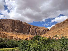 感動が止まらない!大地の威容を感じるモロッコ南部の絶景3選