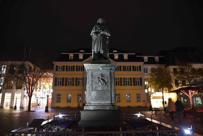 ベートーヴェンを愛する町 生まれ故郷のボンを訪ねる