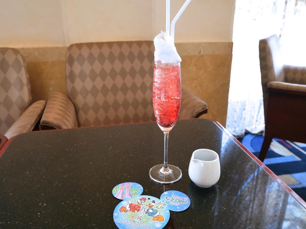 ディズニーホテルの「ディズニー七夕デイズ」スペシャルメニュー注文するとウィッシングカードがもらえる