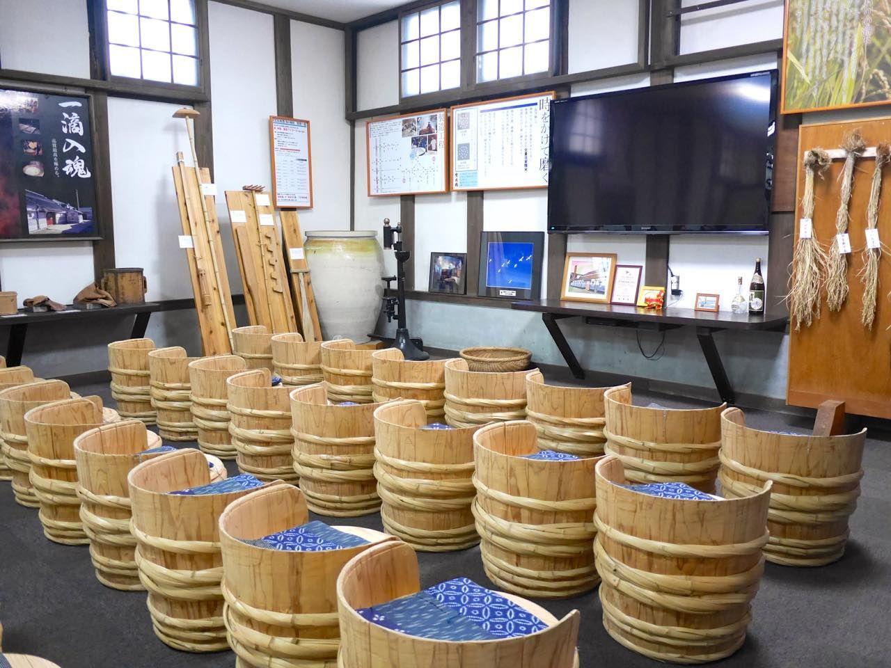 広島西条で酒蔵見学!酒造りの心を伝え続ける「賀茂鶴酒造」