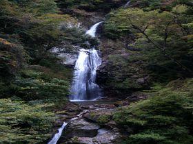 恋に効く!?二つの川が一つになる縁結びの滝 〜原不動滝(兵庫県宍粟市)