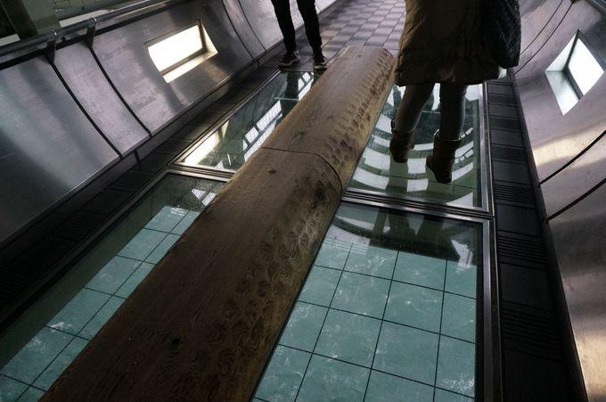 橋の下を空中散歩「舞子海上プロムナード」