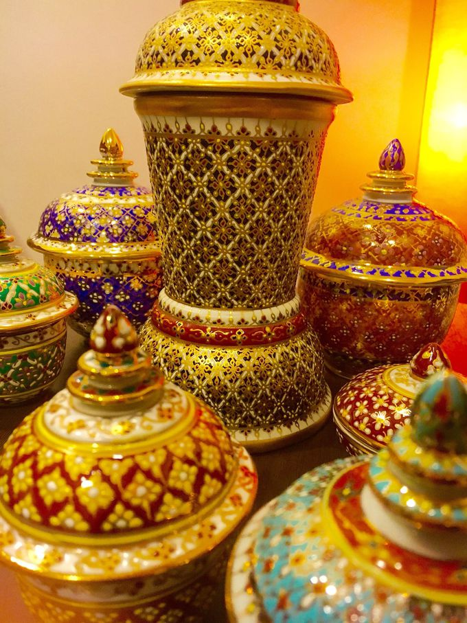 タイの伝統工芸「ベンジャロン焼き」
