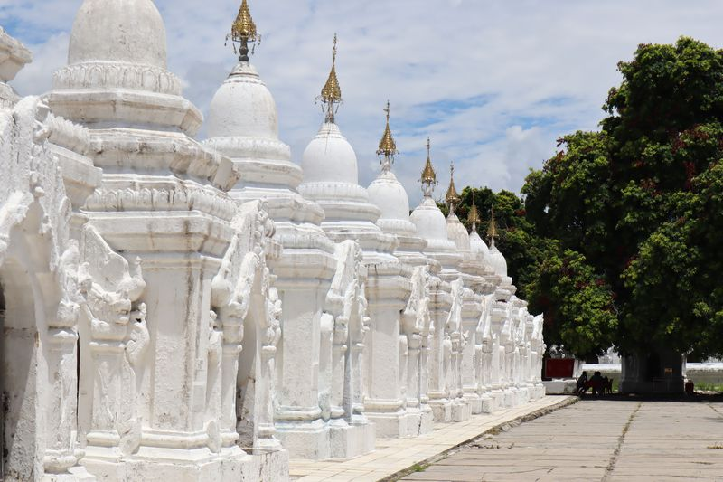 ミャンマーでフォトジェニック!マンダレーにある2つのパゴダ